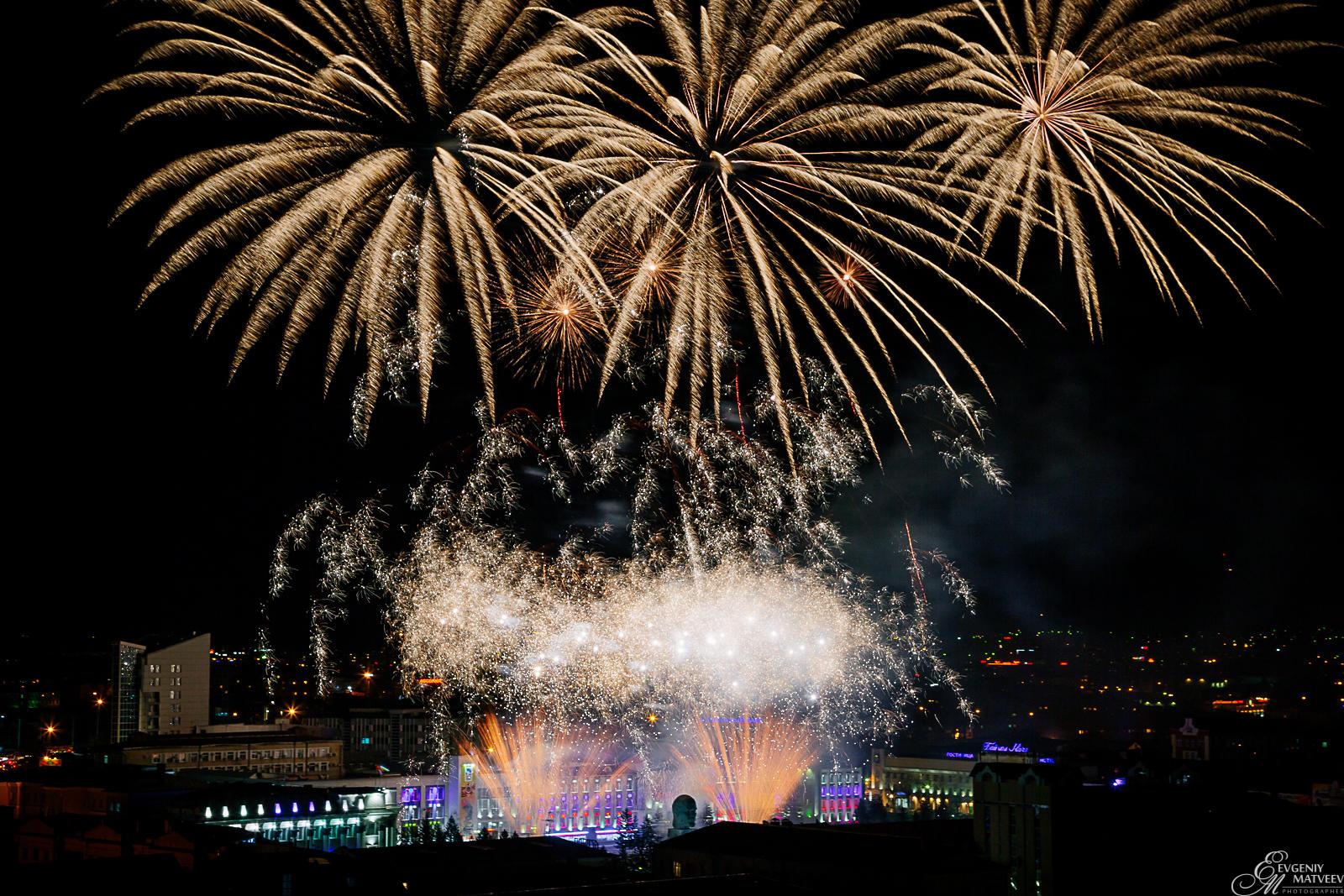 Салют 9 мая 2015г. Улан-Удэ