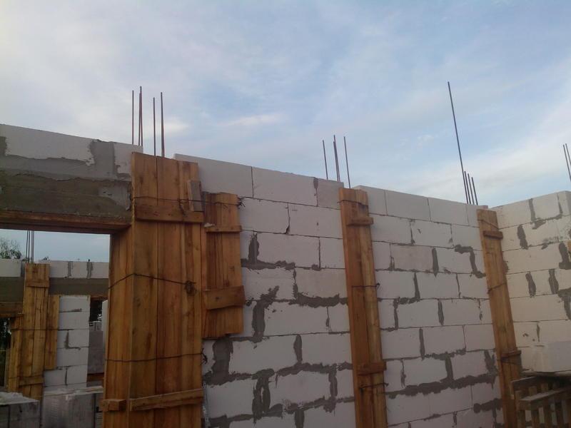 газосиликатные блоки или брус