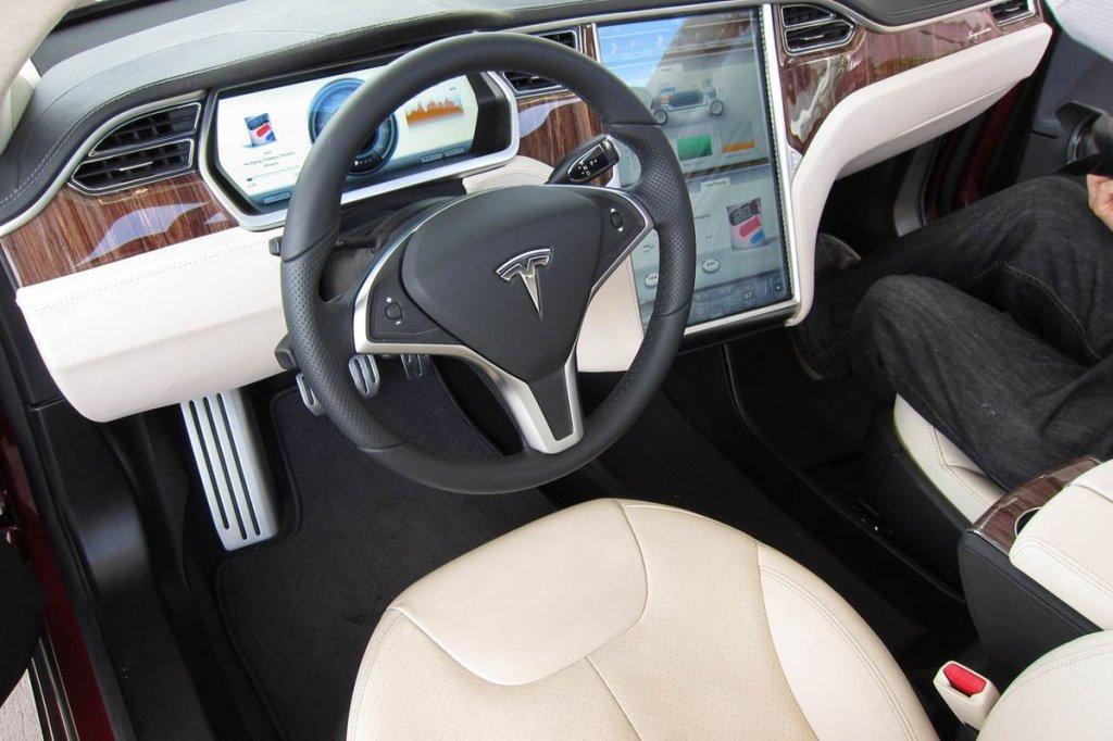 Самый дорогой автомобиль. Цены и рейтинг стоимости