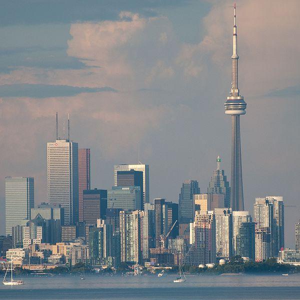 600px-FileType_of_Toronto_from_Lake_Ontario.jpg