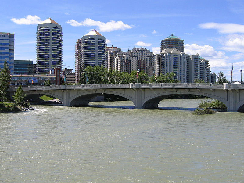 800px-Calgary_West_End.jpg