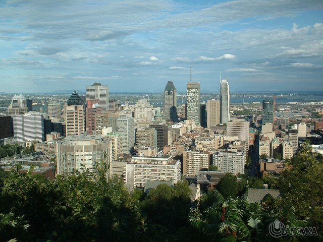 Montreal_Skyline.jpg
